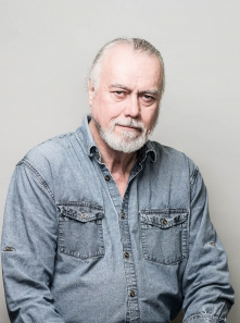 photo of Professor Tom McElroy